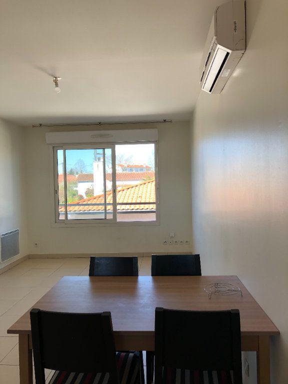 Appartement à louer 2 40m2 à Saint-Paul-lès-Dax vignette-2