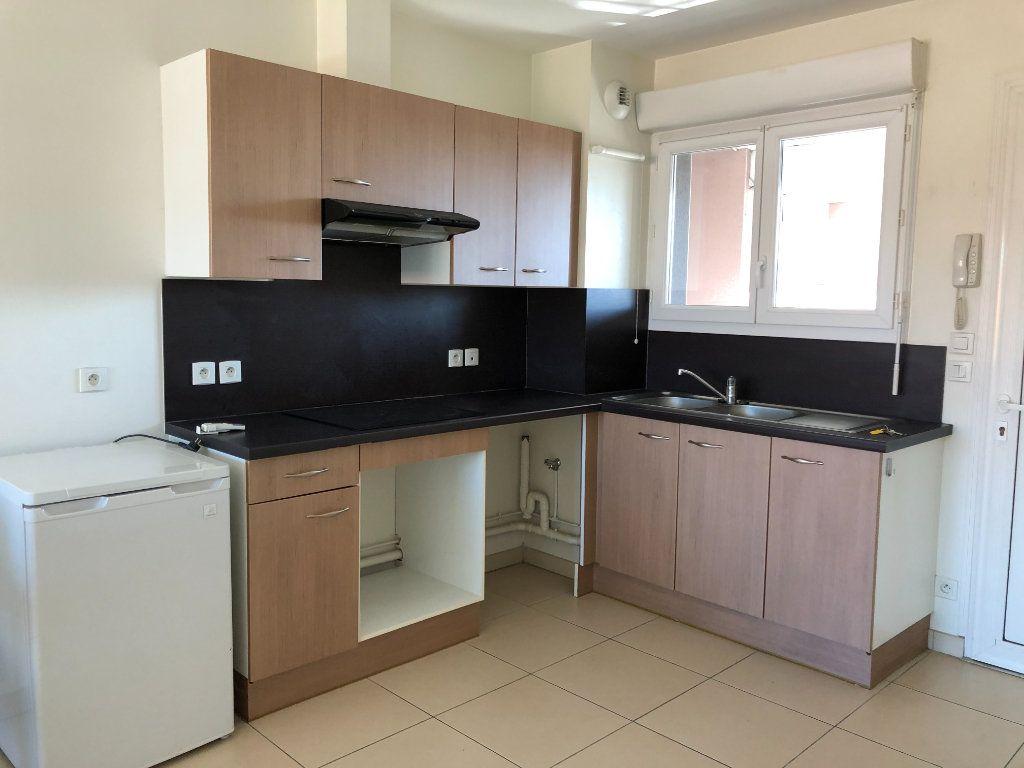 Appartement à louer 2 40m2 à Saint-Paul-lès-Dax vignette-4