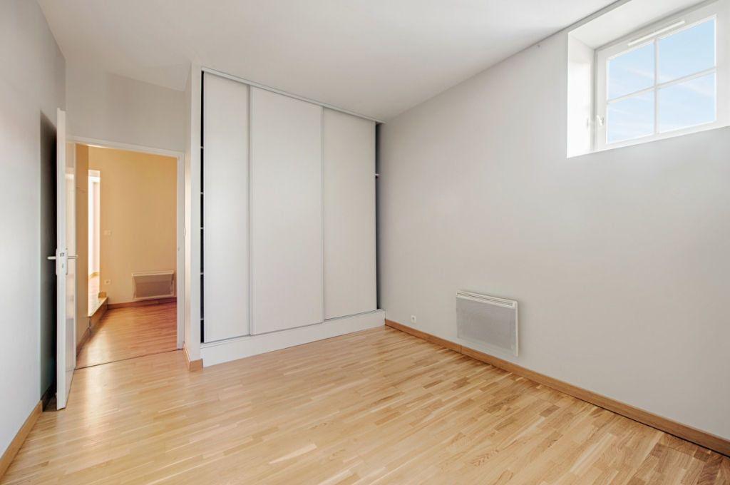 Appartement à louer 3 70m2 à Dax vignette-3