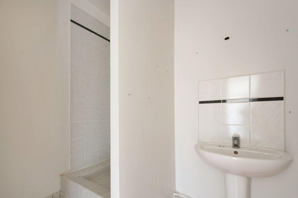 Appartement à louer 3 70m2 à Dax vignette-5