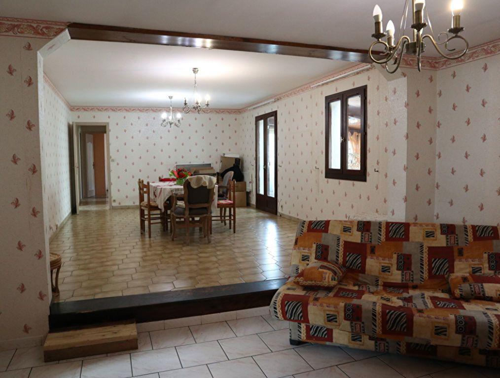 Maison à vendre 5 137m2 à Castets vignette-6