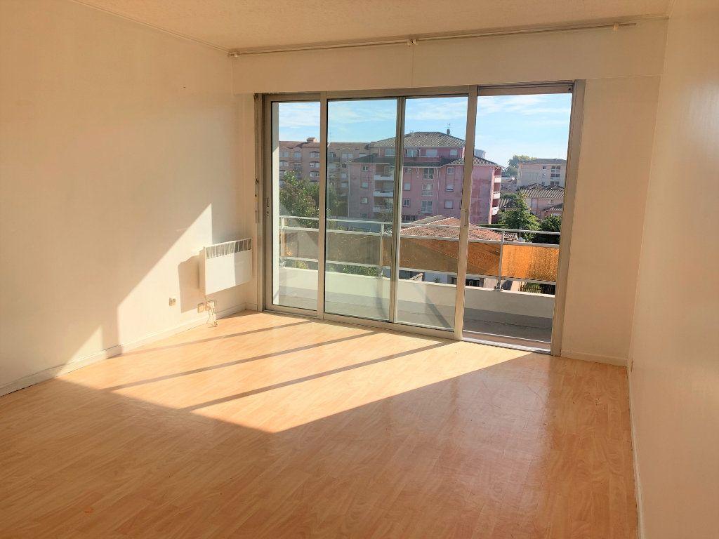 Appartement à vendre 2 41.08m2 à Dax vignette-3