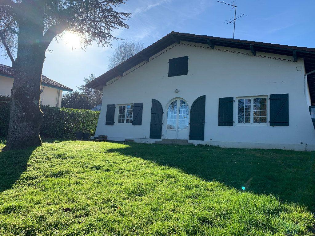 Maison à louer 4 133m2 à Seyresse vignette-1