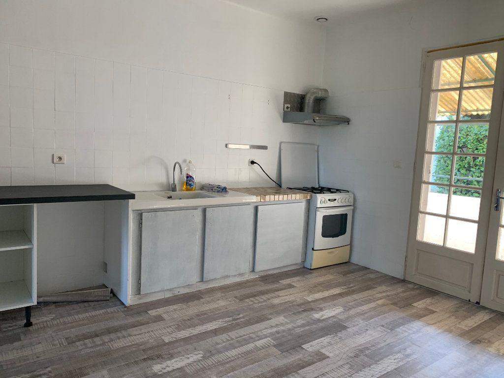 Maison à louer 4 133m2 à Seyresse vignette-4