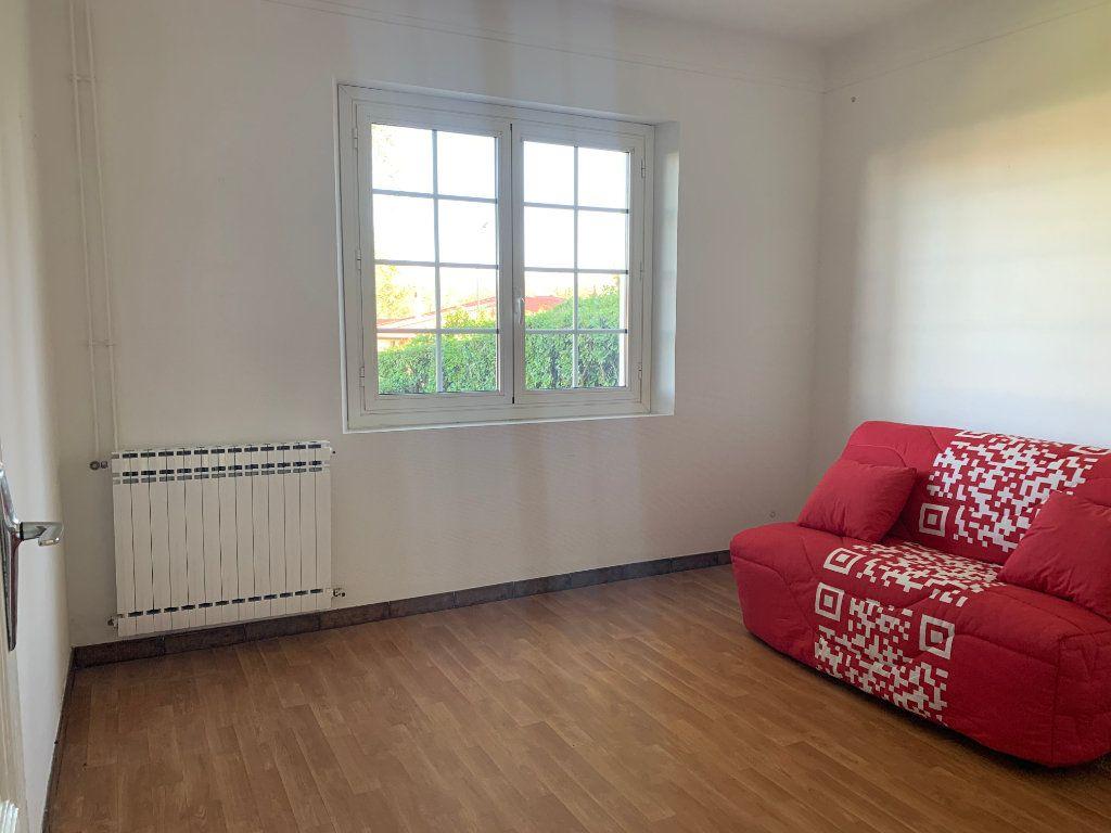 Maison à louer 4 133m2 à Seyresse vignette-6