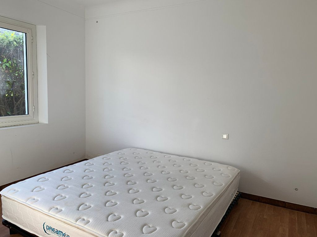 Maison à louer 4 133m2 à Seyresse vignette-7