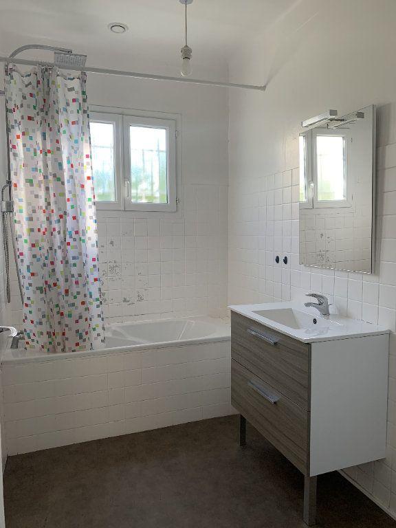 Maison à louer 4 133m2 à Seyresse vignette-8