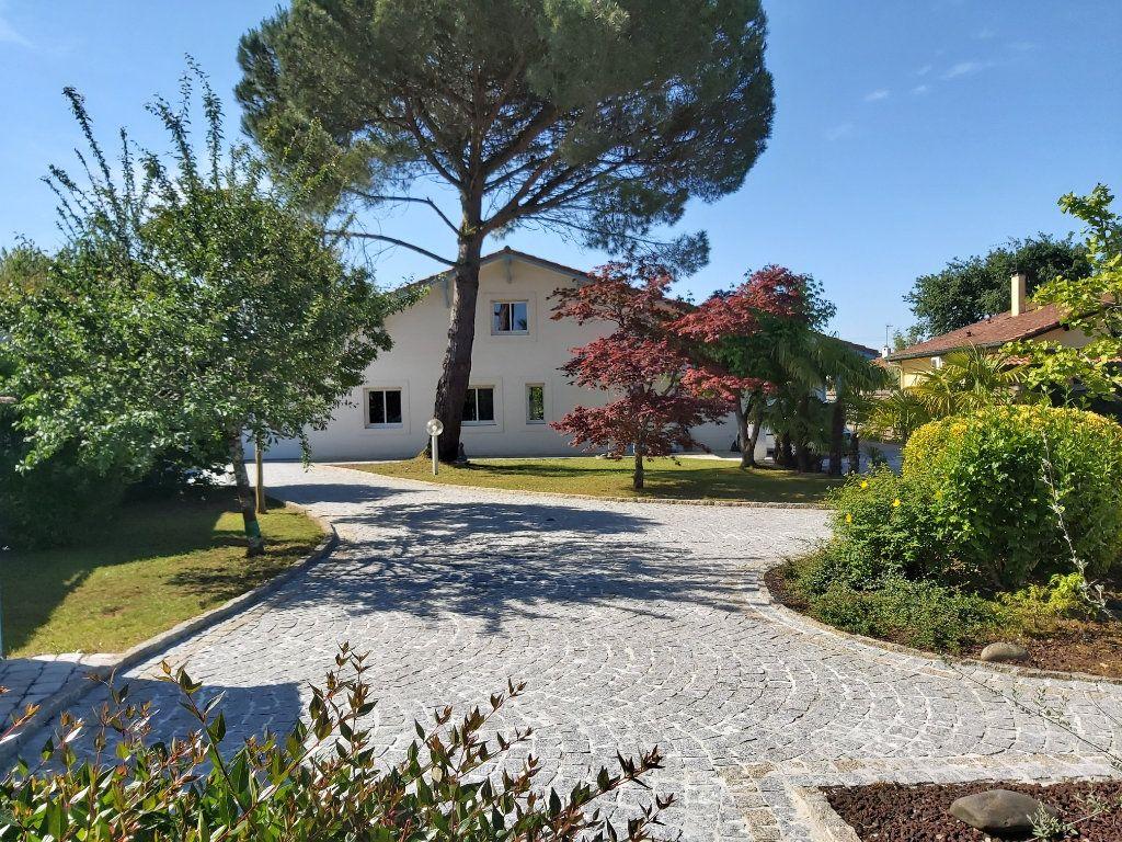 Maison à vendre 6 130m2 à Saint-Paul-lès-Dax vignette-5