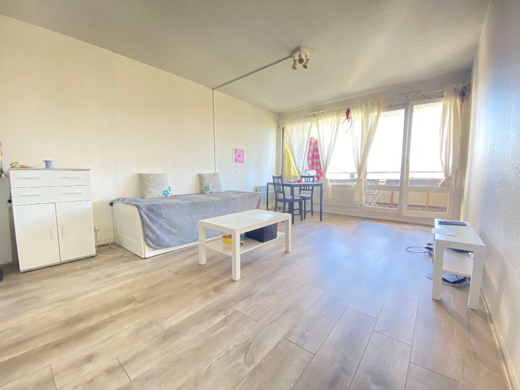 Appartement à vendre 1 33m2 à Dax vignette-1