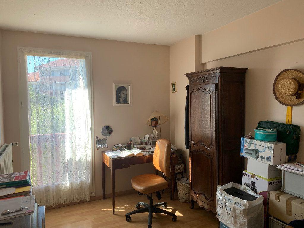 Appartement à vendre 3 69m2 à Dax vignette-5