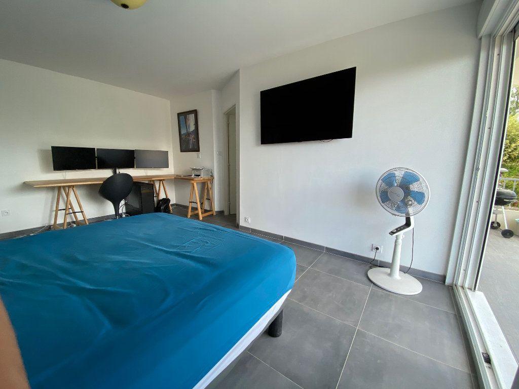 Appartement à vendre 2 84m2 à Dax vignette-6
