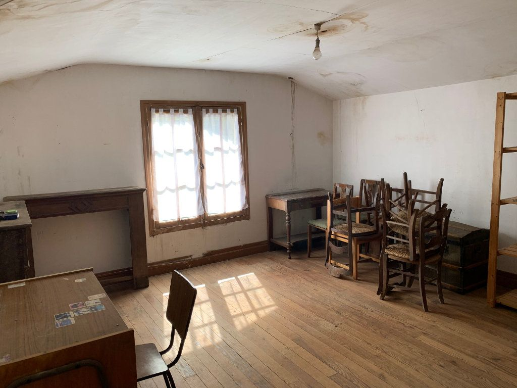 Maison à vendre 5 122.25m2 à Saugnac-et-Cambran vignette-10