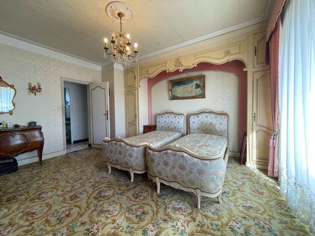 Maison à vendre 4 118m2 à Saint-Vincent-de-Tyrosse vignette-6