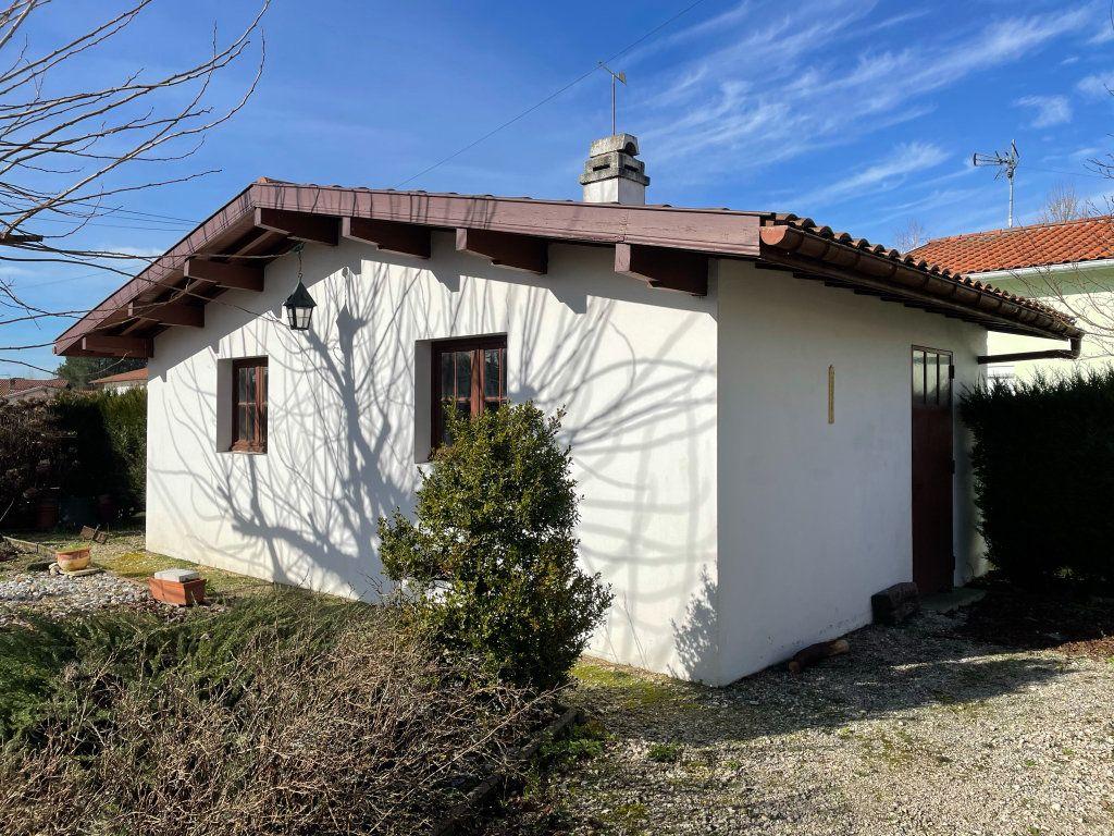 Maison à vendre 4 118m2 à Saint-Vincent-de-Tyrosse vignette-8