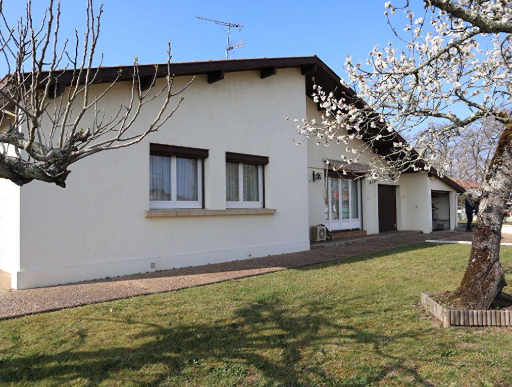 Maison à vendre 5 113m2 à Saint-Paul-lès-Dax vignette-1