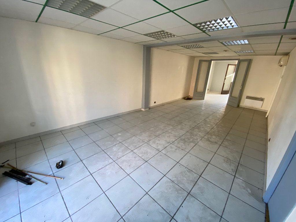 Appartement à vendre 7 127.39m2 à Dax vignette-3