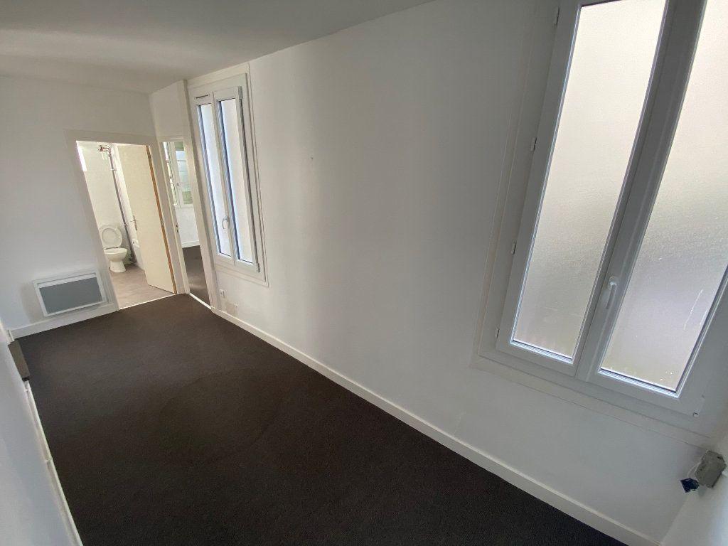 Appartement à vendre 5 199m2 à Dax vignette-11