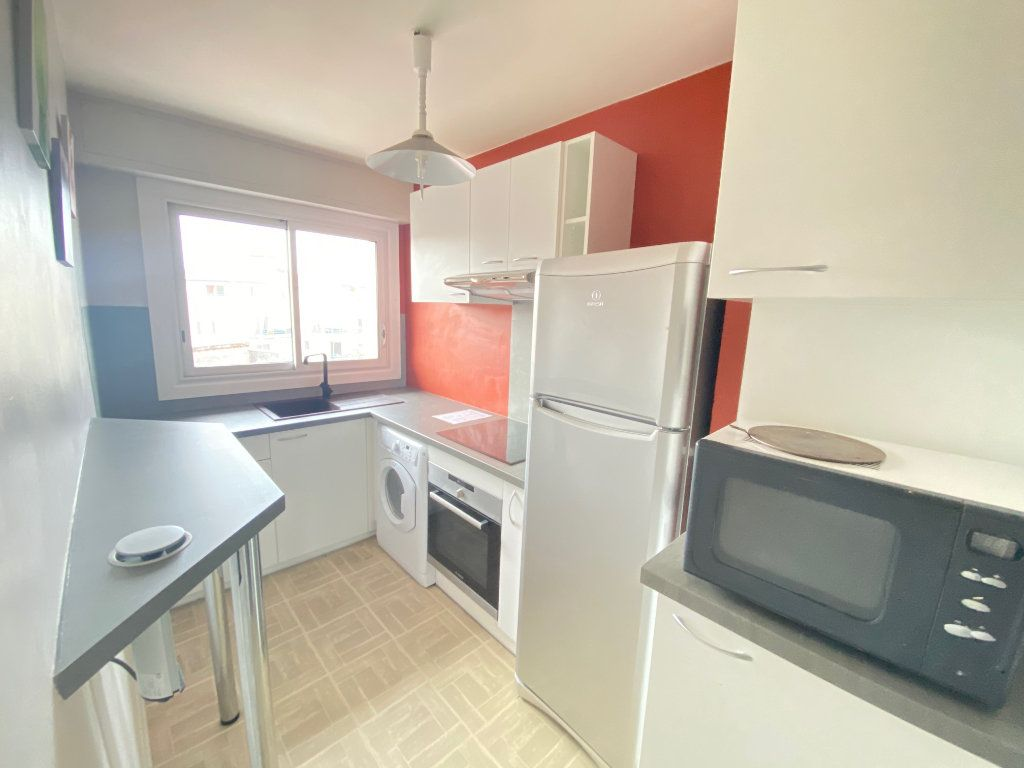 Appartement à vendre 2 44m2 à Dax vignette-4