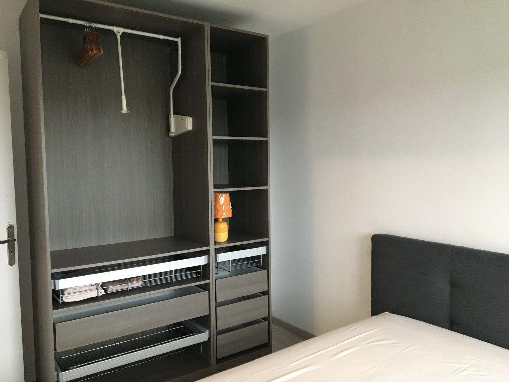 Appartement à louer 3 55.01m2 à Dax vignette-8