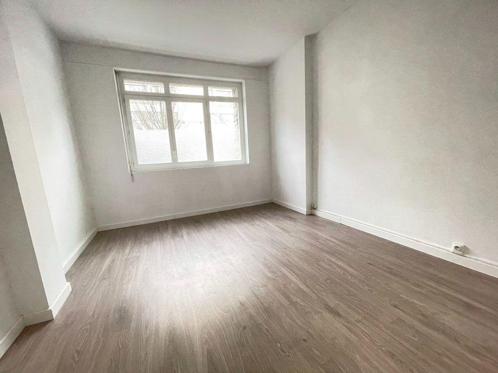 Appartement à vendre 2 41.9m2 à Dax vignette-2