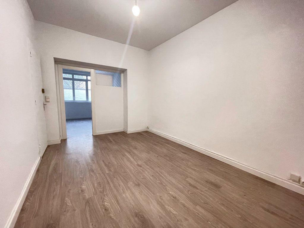 Appartement à vendre 2 41.9m2 à Dax vignette-4
