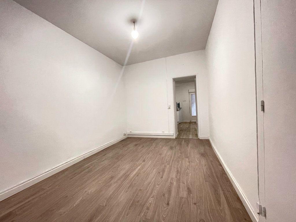 Appartement à vendre 2 41.9m2 à Dax vignette-5