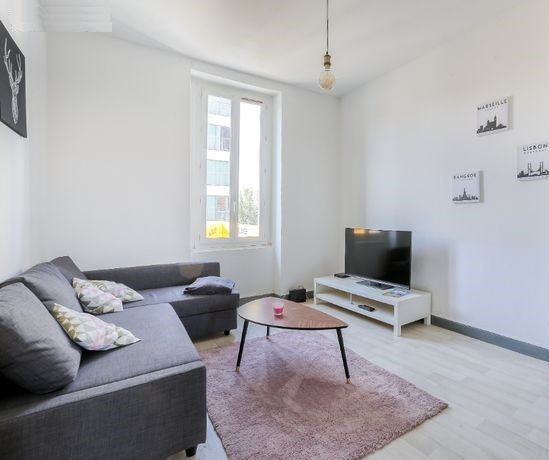 Appartement à vendre 5 109.4m2 à Dax vignette-1
