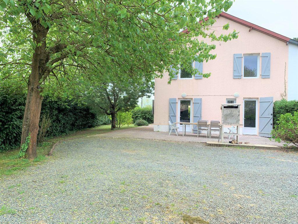 Maison à vendre 4 105m2 à Dax vignette-1