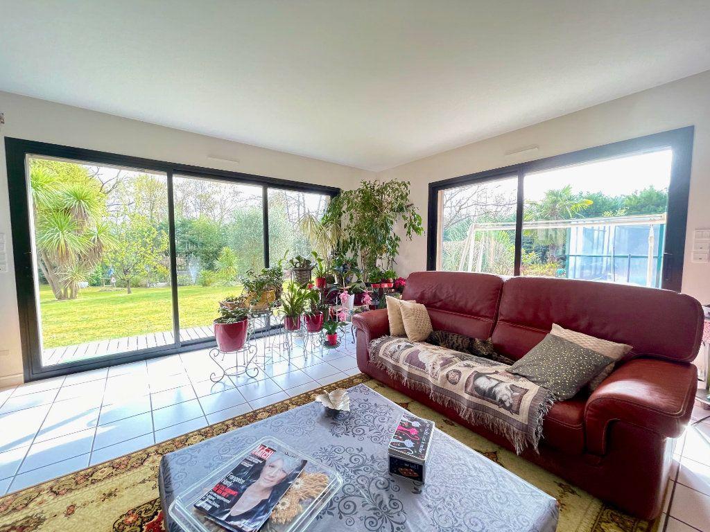Maison à vendre 8 275m2 à Rivière-Saas-et-Gourby vignette-8