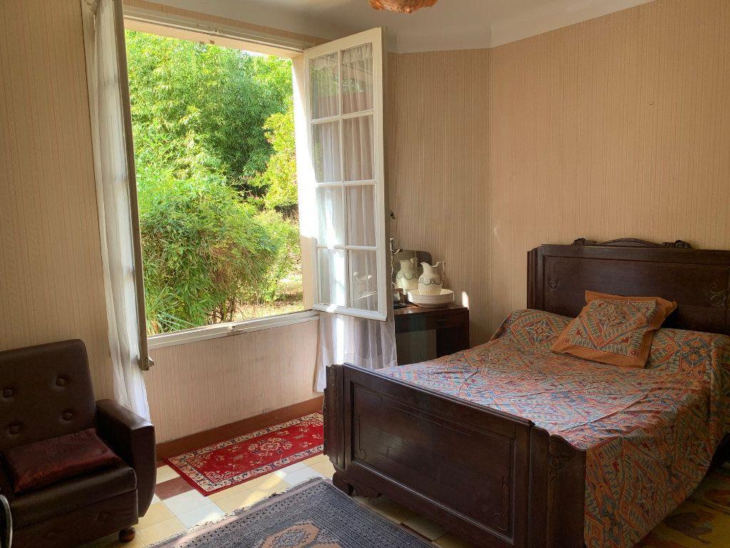 Maison à vendre 5 122m2 à Saugnac-et-Cambran vignette-5