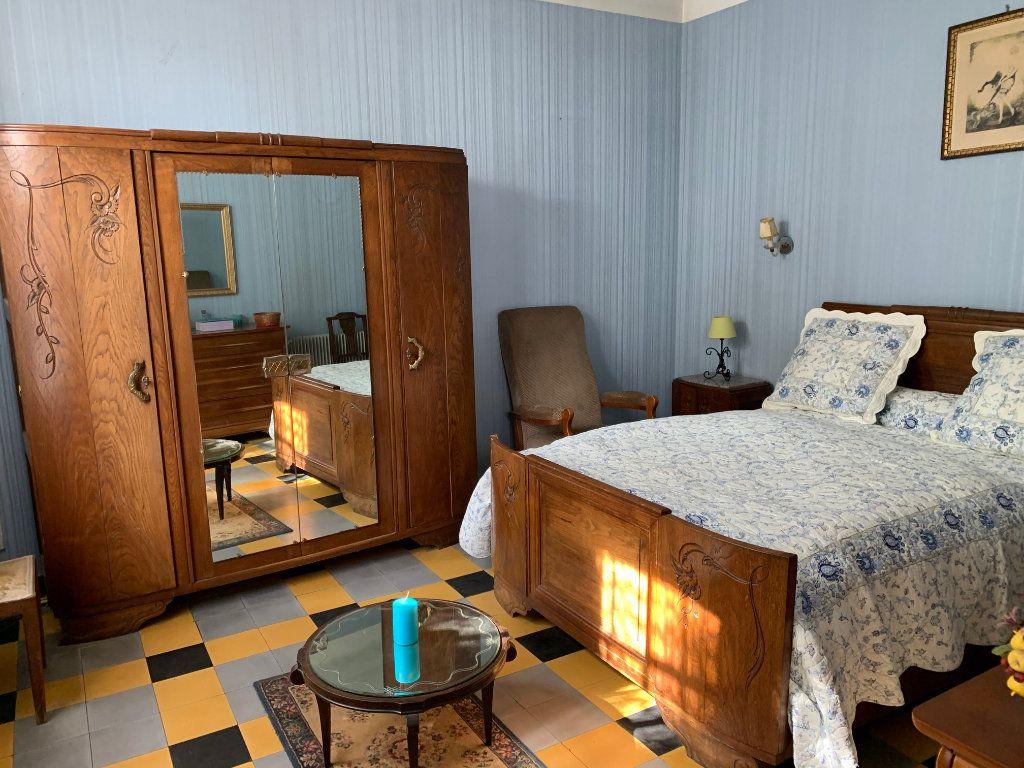 Maison à vendre 5 122m2 à Saugnac-et-Cambran vignette-6