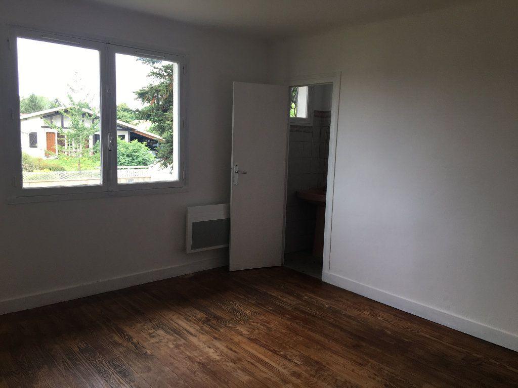 Maison à louer 3 62m2 à Seyresse vignette-4