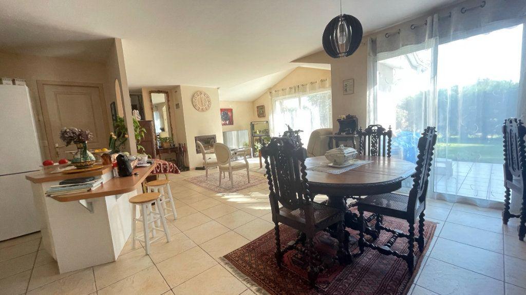 Maison à vendre 4 110.95m2 à Dax vignette-4