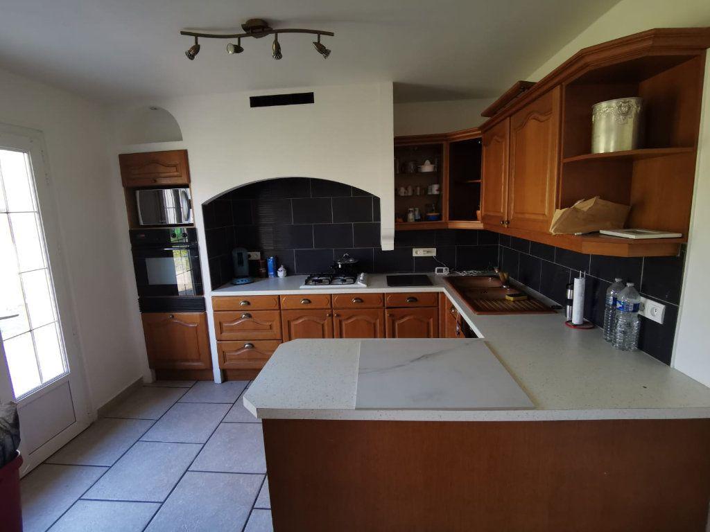 Maison à vendre 8 149m2 à Saint-Pierre-lès-Nemours vignette-3
