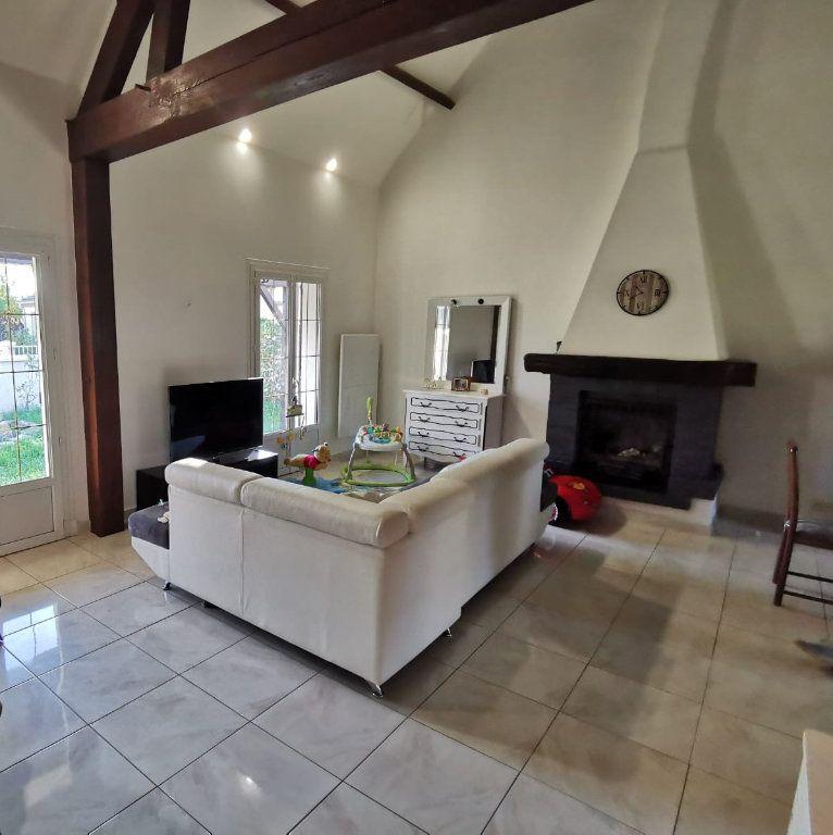 Maison à vendre 8 149m2 à Saint-Pierre-lès-Nemours vignette-4