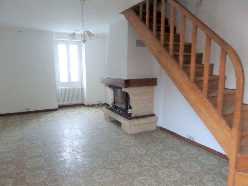 Maison à vendre 4 90m2 à Saint-Pierre-lès-Nemours vignette-1