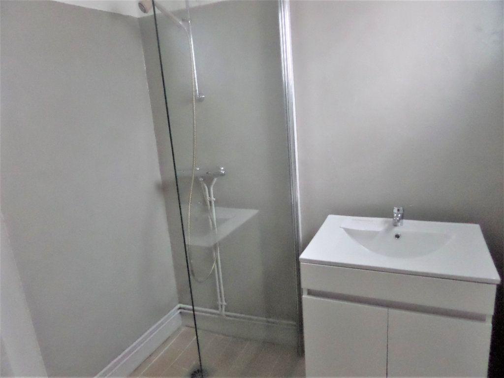 Maison à vendre 4 90m2 à Saint-Pierre-lès-Nemours vignette-2