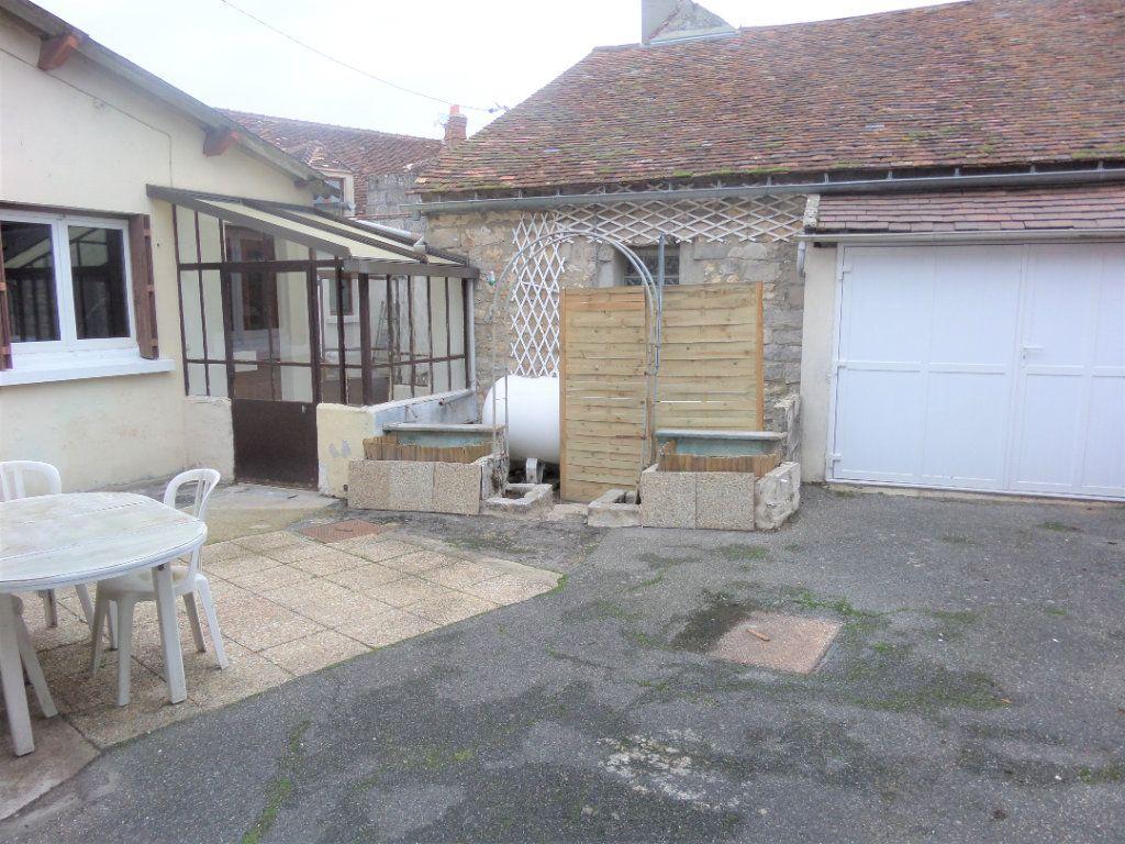 Maison à vendre 4 90m2 à Saint-Pierre-lès-Nemours vignette-6