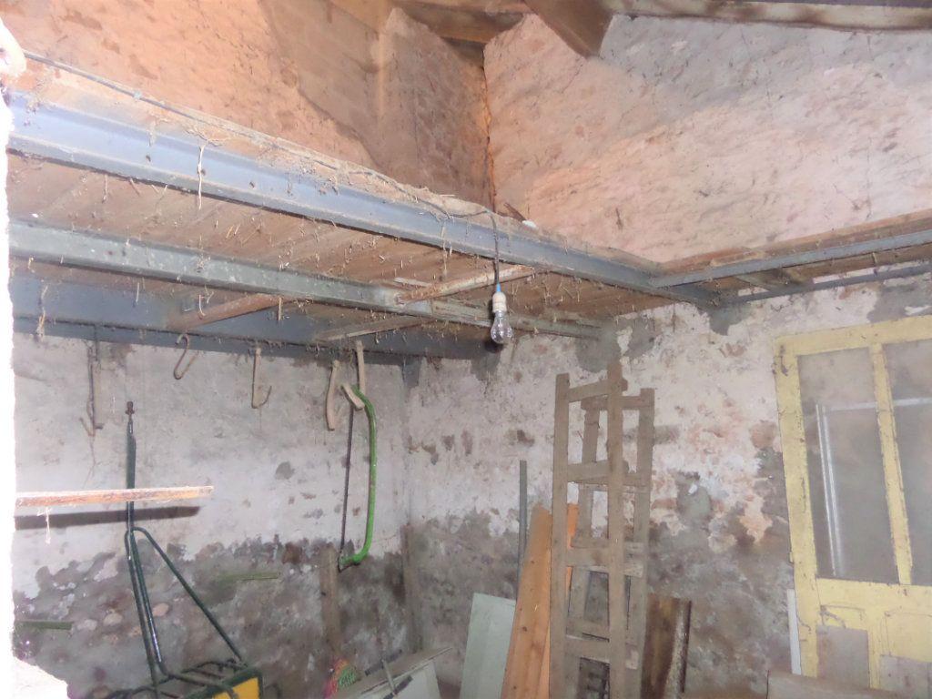 Maison à vendre 4 90m2 à Saint-Pierre-lès-Nemours vignette-9