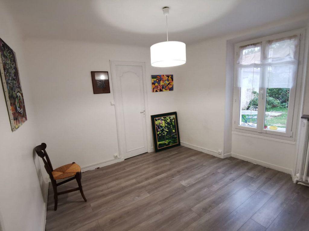 Maison à vendre 4 70m2 à Larchant vignette-3