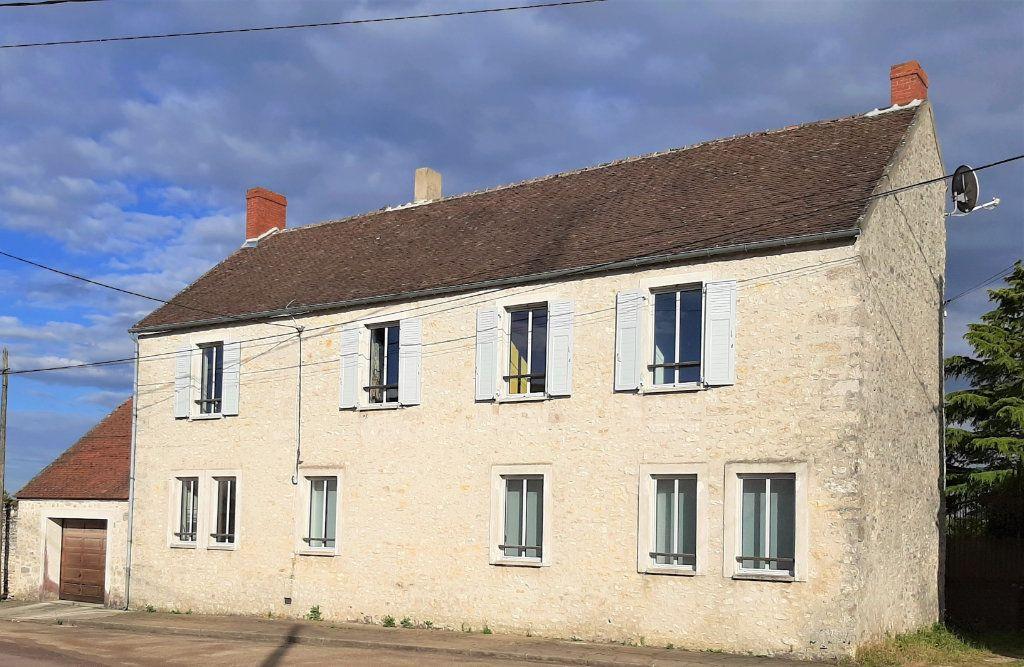 Maison à vendre 7 185m2 à Chevrainvilliers vignette-4