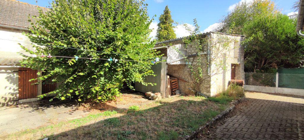 Maison à vendre 4 120m2 à Château-Landon vignette-3