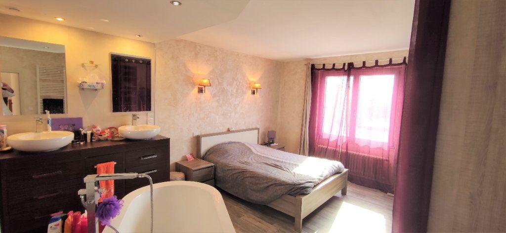 Maison à vendre 4 120m2 à Château-Landon vignette-6