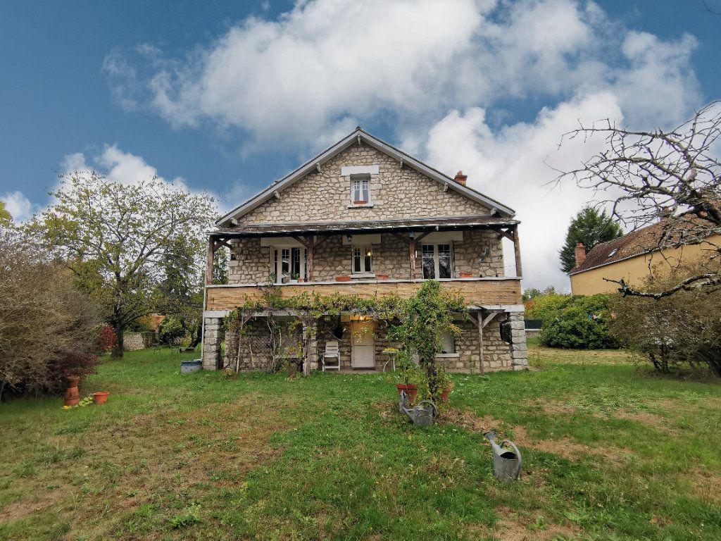 Maison à vendre 5 125m2 à Saint-Pierre-lès-Nemours vignette-2