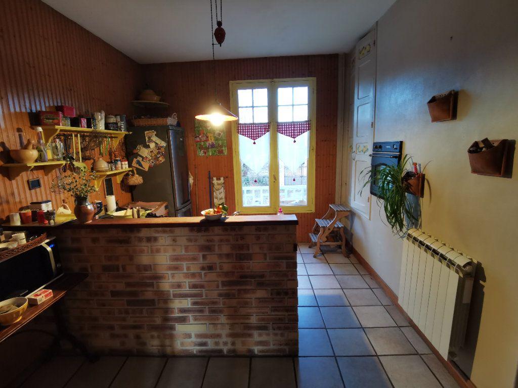 Maison à vendre 5 125m2 à Saint-Pierre-lès-Nemours vignette-6