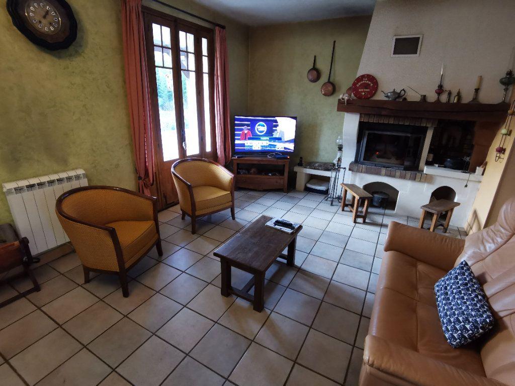 Maison à vendre 5 125m2 à Saint-Pierre-lès-Nemours vignette-8