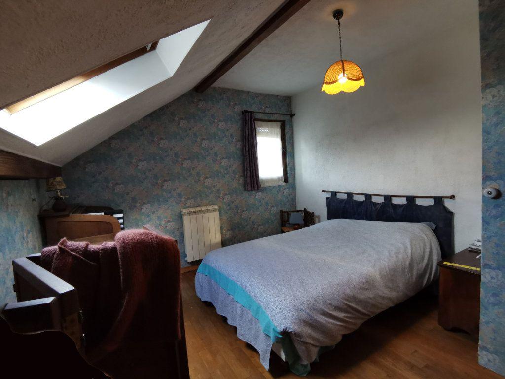 Maison à vendre 5 125m2 à Saint-Pierre-lès-Nemours vignette-9