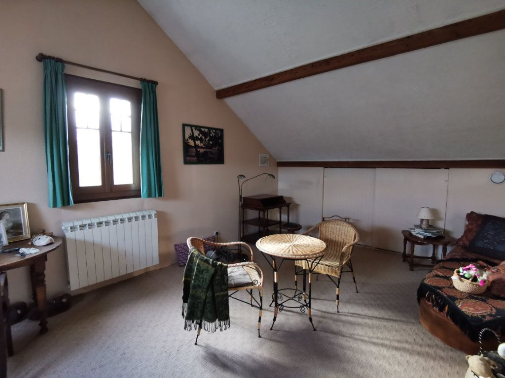 Maison à vendre 5 125m2 à Saint-Pierre-lès-Nemours vignette-10
