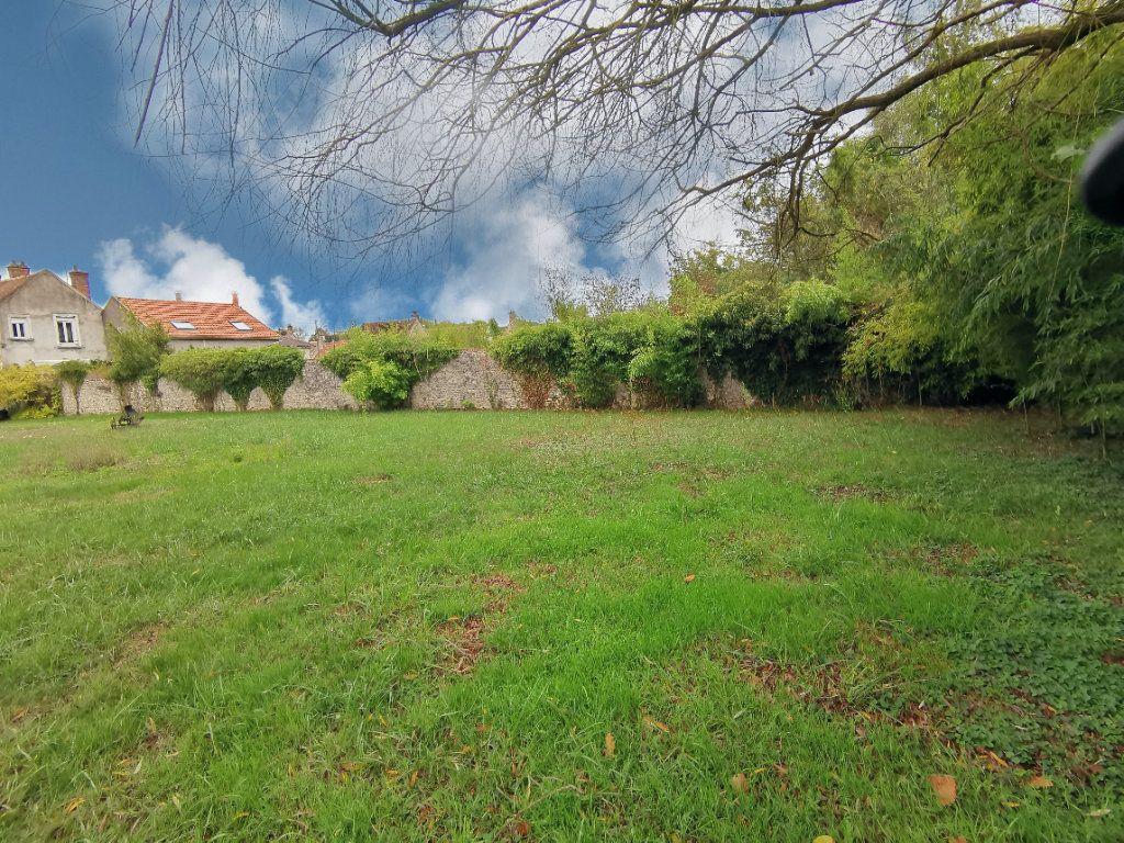 Maison à vendre 5 125m2 à Saint-Pierre-lès-Nemours vignette-12