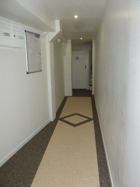 Appartement à louer 2 37.46m2 à Nemours vignette-5